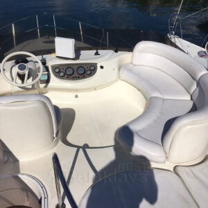 rent a yacht in balaclava