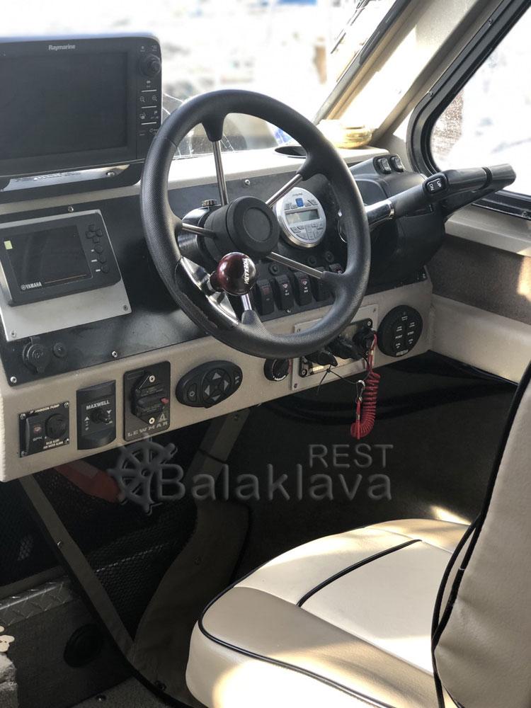 rent-boat-Sevastopol