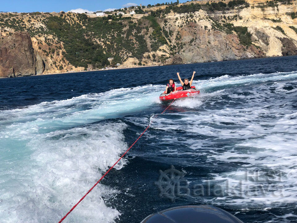 rest-on-a-boat-Sevastopol