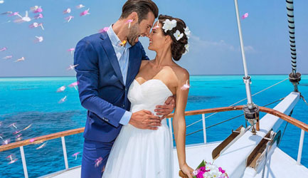 yacht wedding in crimea