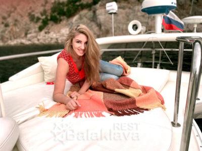 boat holiday in balaclava